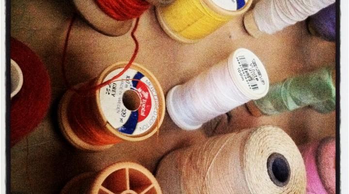 Drift wood thread organiser