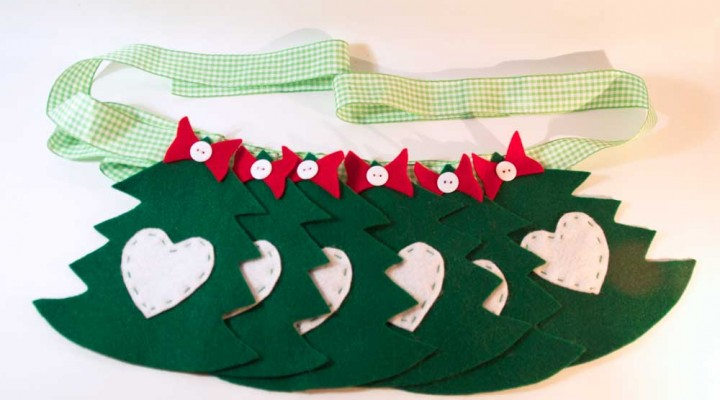Christmas tree bunting pattern and instructions