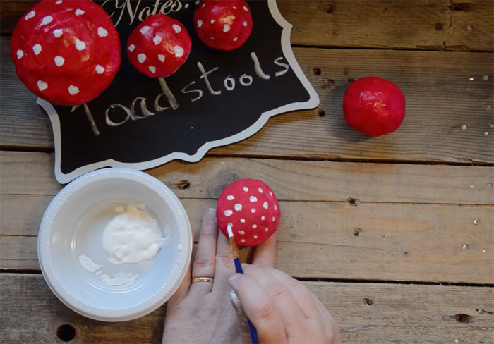 Clay Toadstools Tutorial