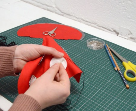 Blanket Stitch Appliqué video tutorial