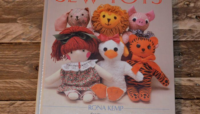 Sew Toys by Rona Kemp retro craft book