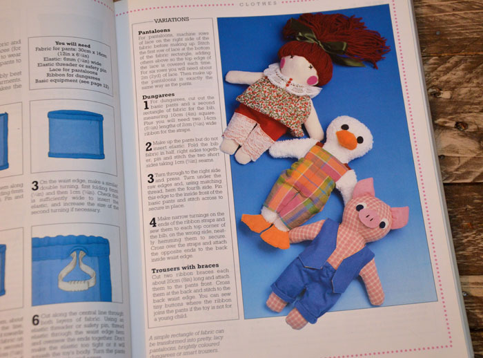 Sew Toys by Rona Kemp retro cr
