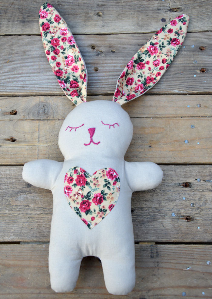 Snuggle bunny free sewing pattern instructions miss for Bunny template for sewing