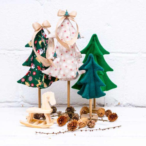 Village Christmas Tree Free Pattern & Tutorial