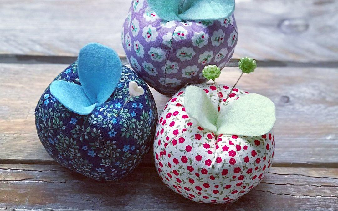 Apple Shaped Pin Cushion Free Pattern