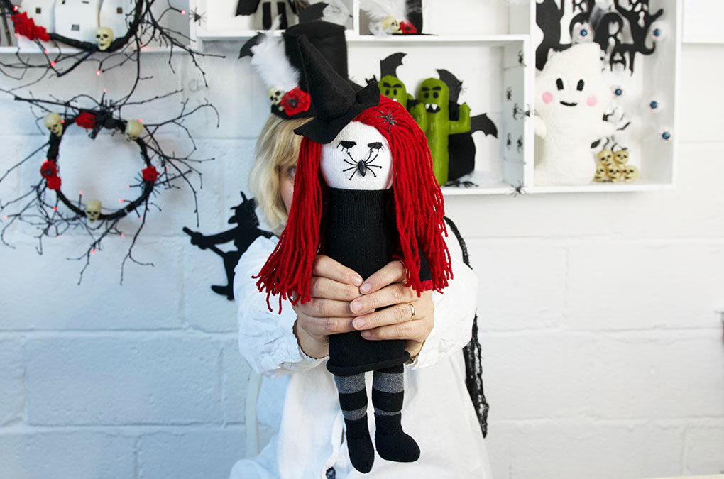 Halloween – Spider Witch Sock Doll DIY